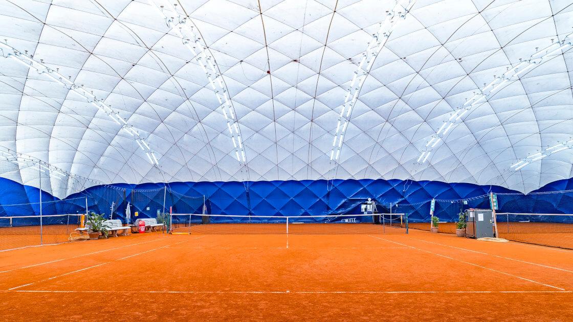 Traglufthalle - Tennisplatz